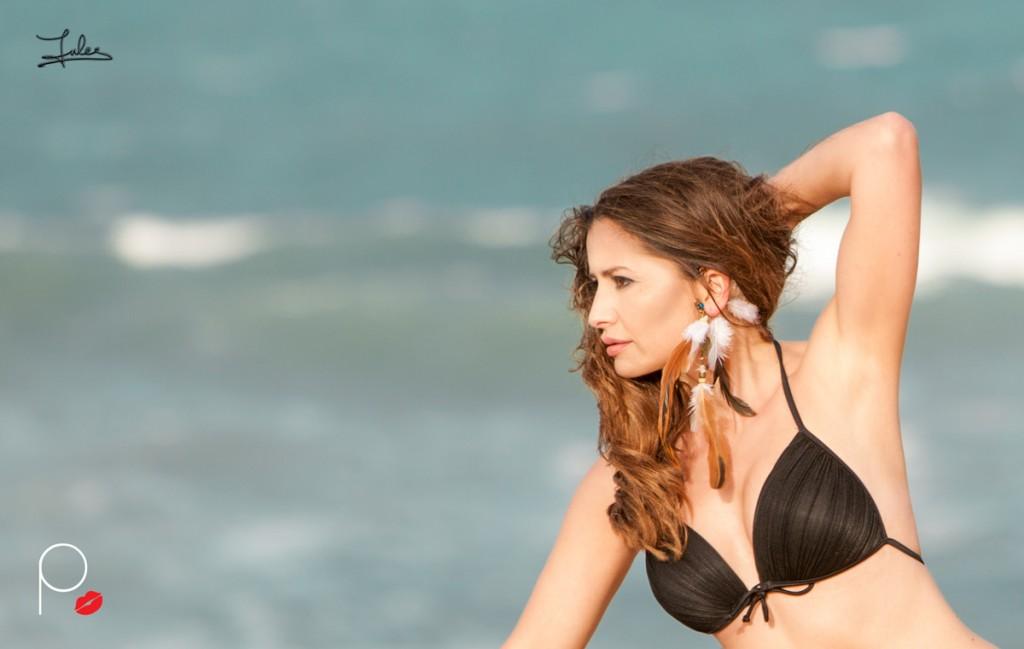 Pusmi-Miami-Night-bikini