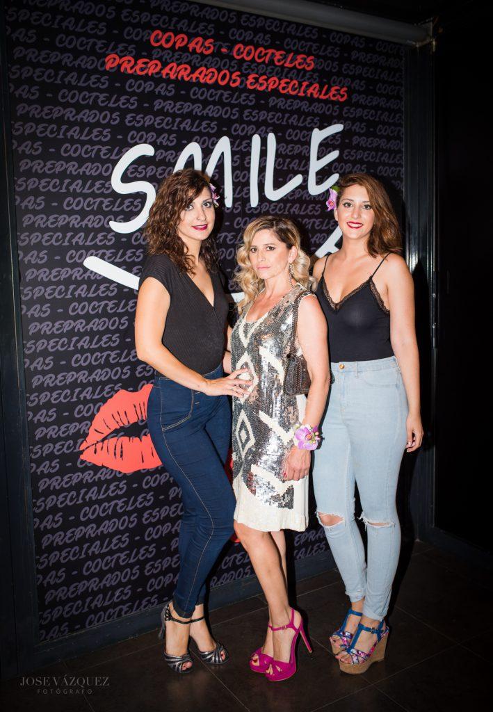 photocall pub smile